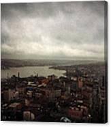 jour de pluie a Istanbul III Canvas Print
