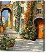 La Porta Rossa Sulla Salita Canvas Print