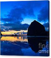 Last Light - Cannon Beach Sunset With Reflection In Oregon The Coast Canvas Print