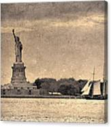 Liberty Enlightening The World Canvas Print