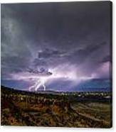 Lightning 32 Canvas Print