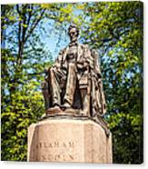 Lincoln Head Of State Statue In Chicago Canvas Print