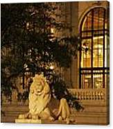 Lion Statue In New York City Canvas Print