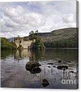 Loch-an-eilein Castle - D003341 Canvas Print