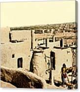 Los Pueblos De Taos Canvas Print