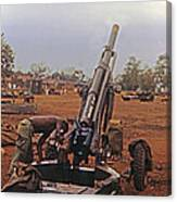 M102 105mm Light Towed Howitzer  2 9th Arty At Lz Oasis R Vietnam 1969 Canvas Print