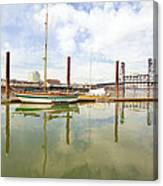 Marina Along Willamette River In Portland Canvas Print