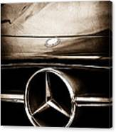 Mercedes-benz Grille Emblem Canvas Print