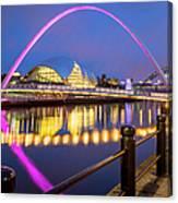 Millennium Bridge - Gateshead Canvas Print