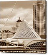 Milwaukee Art Museum In Winter Canvas Print