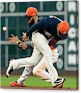 Minnesota Twins v Houston Astros Canvas Print