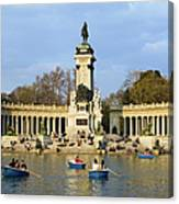 Monument And Lake In Retiro Park In Madrid Canvas Print