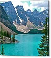 Morraine Lake In Banff Np-alberta Canvas Print