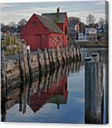 Motif Reflections Canvas Print
