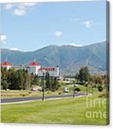 Mount Washington Hotel In New Hampshires White Mountains Canvas Print