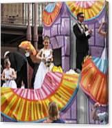 New Orleans - Mardi Gras Parades - 121267 Canvas Print