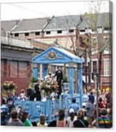 New Orleans - Mardi Gras Parades - 121270 Canvas Print