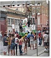 New Orleans - Mardi Gras Parades - 121295 Canvas Print