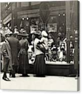 New York Shopping, 1911 Canvas Print