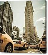 Nyc Yellow Cabs At The Flat Iron Building - V1 Canvas Print
