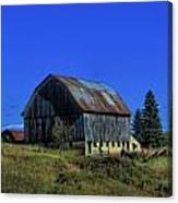 Old Broken Down Barn In Ohio Canvas Print