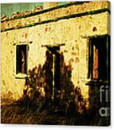 Old Farm Building Canvas Print
