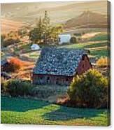 Old Farm In Eastern Washington Canvas Print