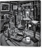 Old Fashioned Dentist Office Bw Canvas Print