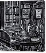 Old Fashioned Doctor's Office Bw Canvas Print