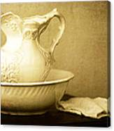 Old Fashioned Pitcher And Basin Canvas Print