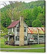 Old House In Penrose Nc Canvas Print
