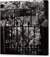 Olde Victorian Gate Leading To A Secret Garden - Peak District - England Canvas Print