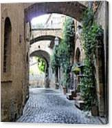 Orvieto Street With Arches Canvas Print