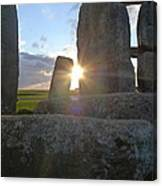 Peek-a-boo Sun At Stonehenge Canvas Print