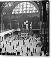 Penn Station Nyc 1957 Canvas Print