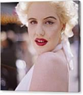 Beauty Of Marilyn Monroe Canvas Print