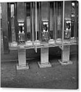 Phone Booth In New York City Canvas Print