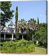 Plantation Home At Magnolia Plantation Canvas Print