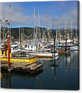 Quiet Time At The Harbor Canvas Print