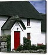 Red Door Thatched Roof Canvas Print