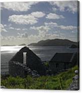 Rock Ruin By The Ocean - Ireland Canvas Print