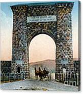 Roosevelt Arch Yellowstone Np Canvas Print