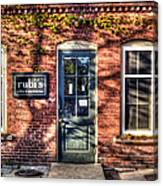 Rubi's Coffee And Sandwiches - Great Barrington Canvas Print