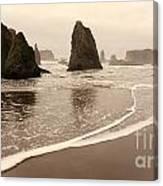 Sea Stacks At Bandon 2 Canvas Print