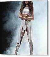 Selena Gomez-8648 Canvas Print