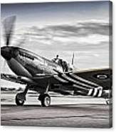 Spitfire Warming Up For D Day Canvas Print