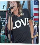 Steven Tyler Sings Canvas Print