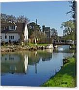 Stroudwater Canal Stonehouse Canvas Print