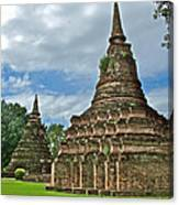 Stupas Of Wat Mahathat In 13th Century Sukhothai Historical Park-thailand Canvas Print