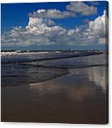 Summer Day At The Beach Canvas Print